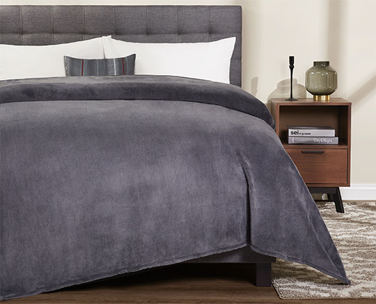 mainstays plush bed blanket